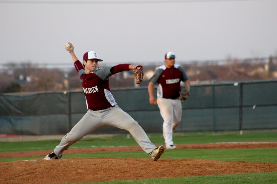 Varsity Boys Baseball Team wins against Summit