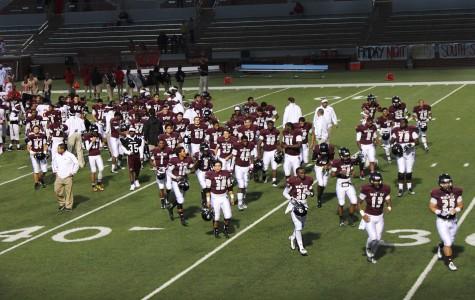 Varsity Football Wins Homecoming Game