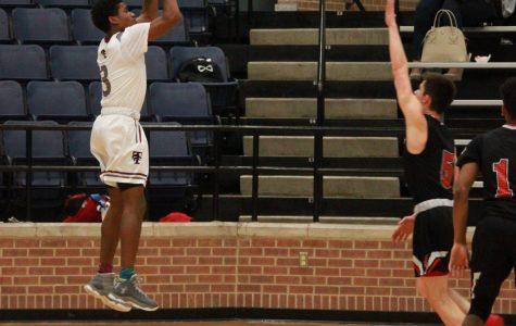 Varsity Basketball Continues Winning Streak