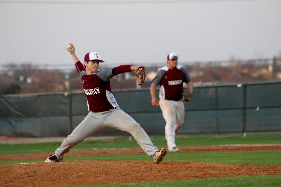 Varsity Boys Baseball Team wins against Summit
