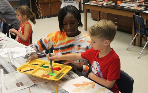 Fall Art Camp Provides Volunteer Oppurtunity